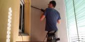 INSTALLAZIONE CLIMATIZZATORI BRESCIA fase di carotaggio parete per passaggio tubazioni frigorifere